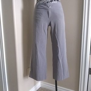 5 for $25 sale Mossimo grey capri trousers